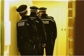 police at door